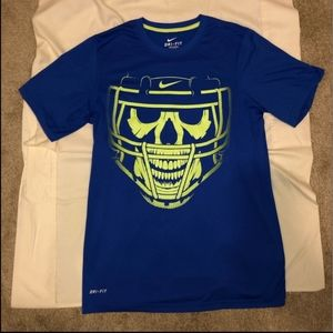 Nike Dri Fit Skull Helmet T-shirt! Flawless!